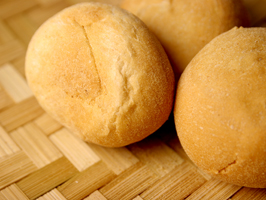 1057965_pandesal_bread